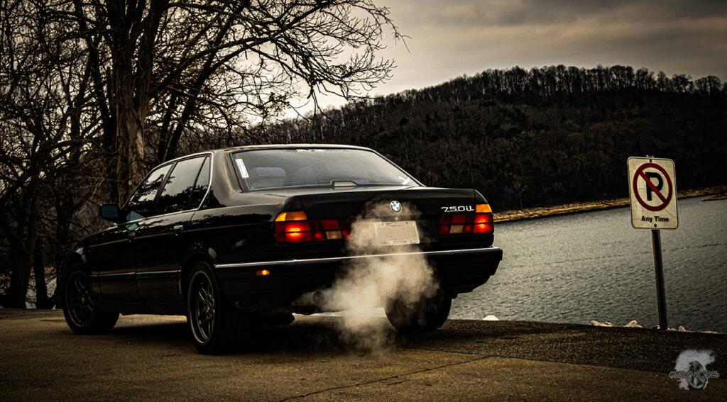 BMW 750iL Parking
