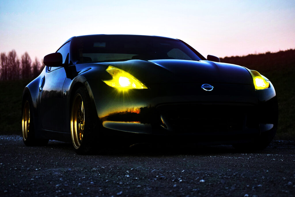 Nissan 370z Reflecting the sunset
